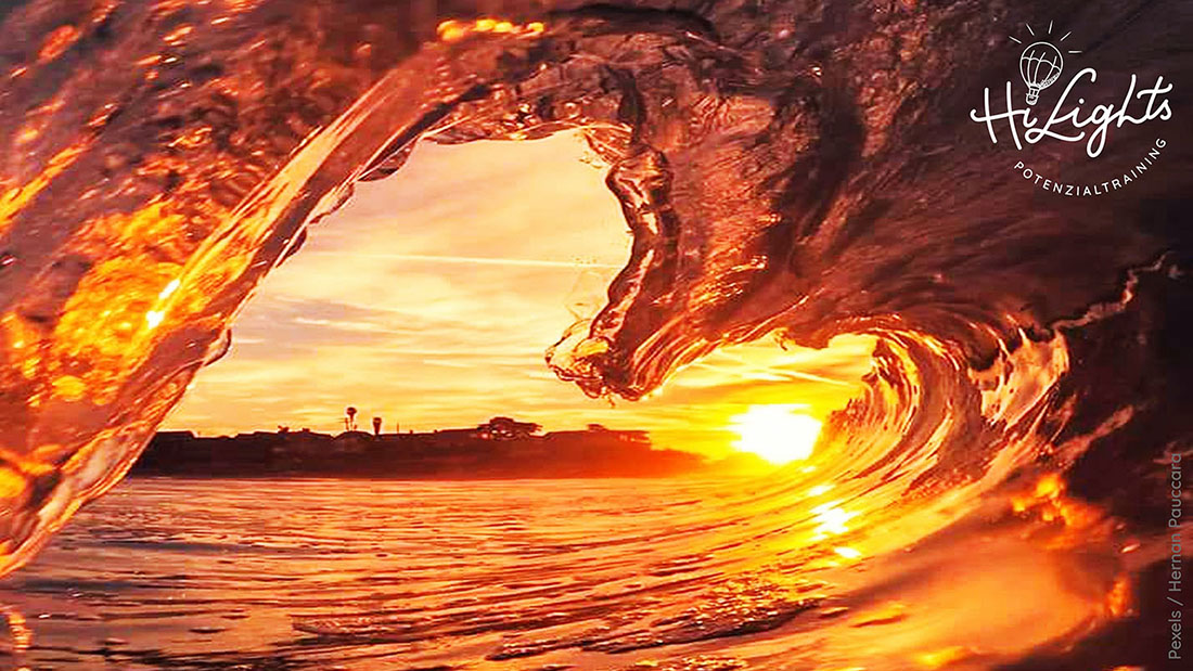 Meer-Meereswelle in Herzform-abendstimmung-50